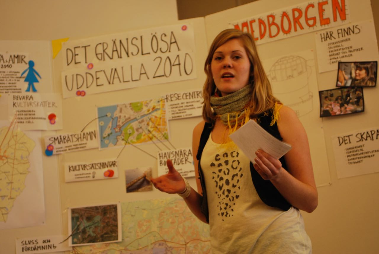 Pernilla Hallberg presenterar förslaget