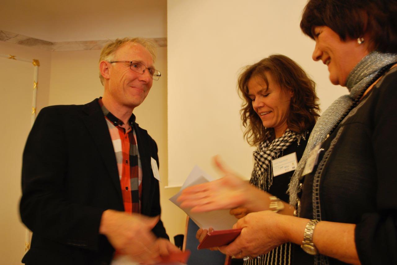 Linda Gjerdrum ute på stan och frågar Uddevallabor vad de tycker